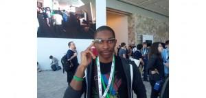 Comme tout bon développeur qui se respecte, Cédric ne porte que des Google glass.